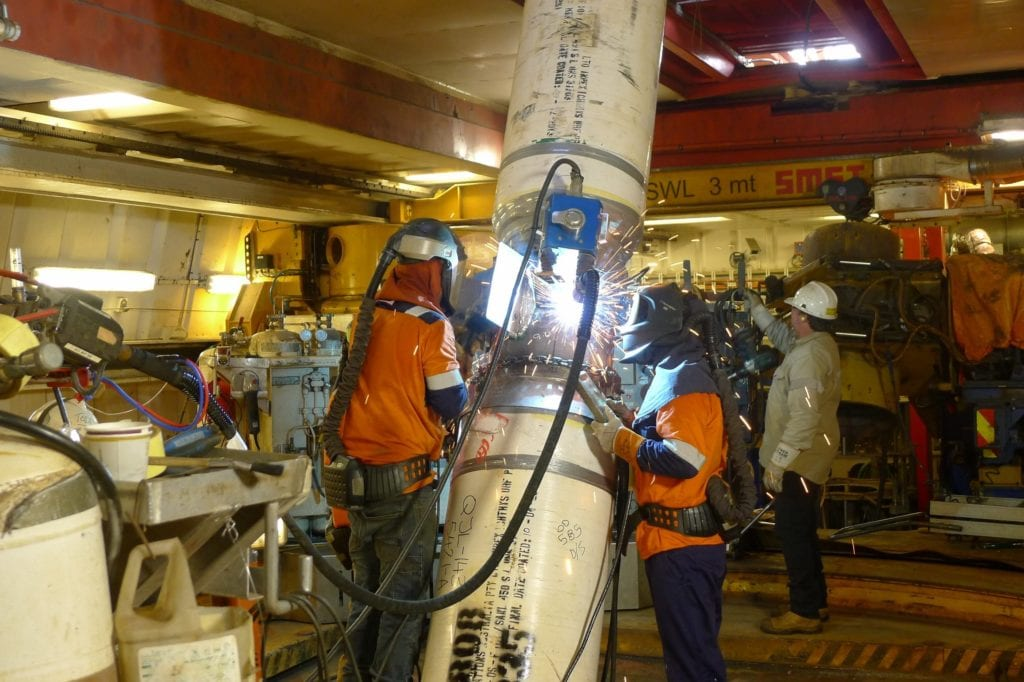 More-than-11000-onshore-and-offshore-flowline-welds-were-required-to-complete-the-rigid-subsea-flowlines